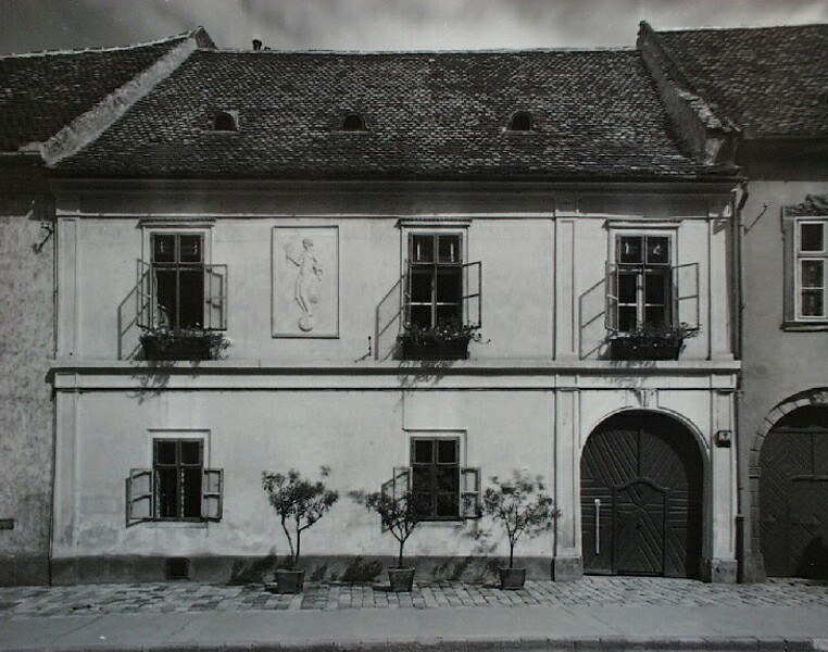 No. 9 Fortuna street, around 1940