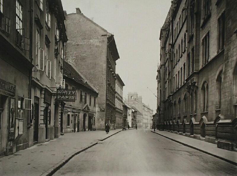No. 1-3 Országház street, side of the palace of the Ministery of Finance, 1920s