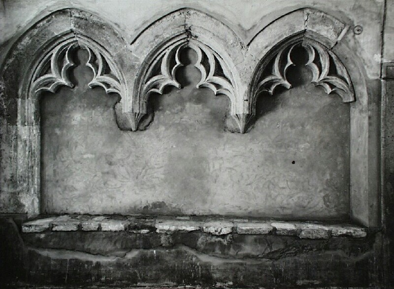 Gothic sitting niches in No. 2 Országház street, 1930s
