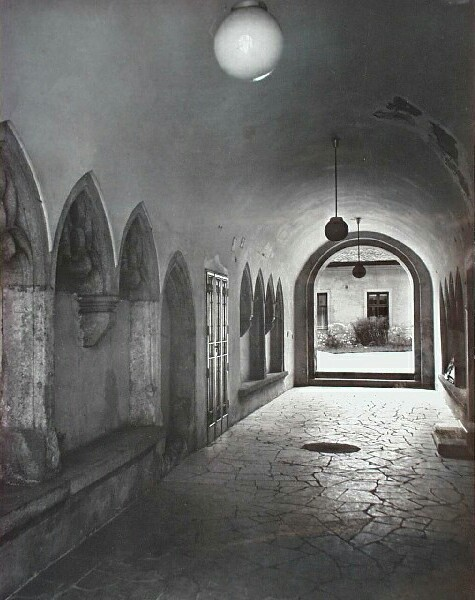 Gates of No. 9 Országház street, end of 1960s