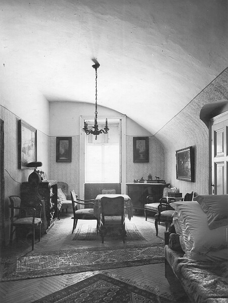 Inside of the medieval house under No. 9 Országház street, 1950s