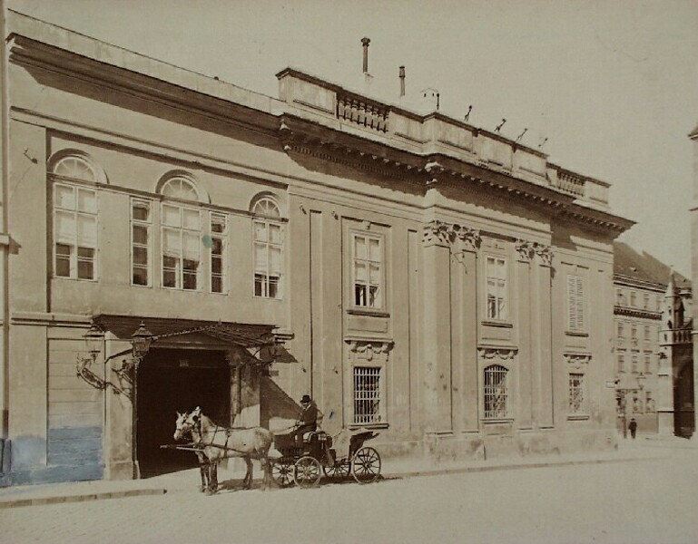 The demolished building of the Ministry of Finance, 1890s