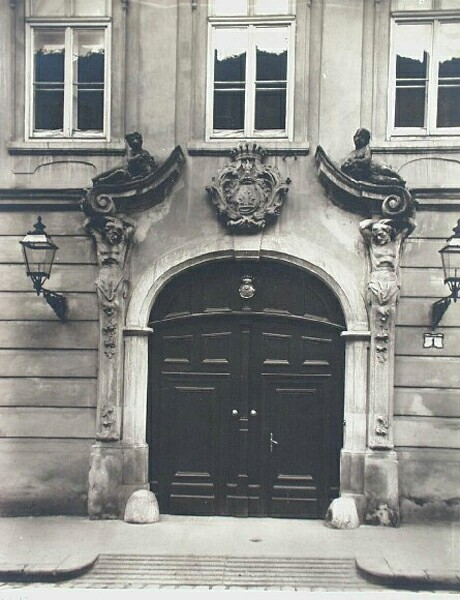 Entrance of No. 1 Táncsics Mihály street, around 1910