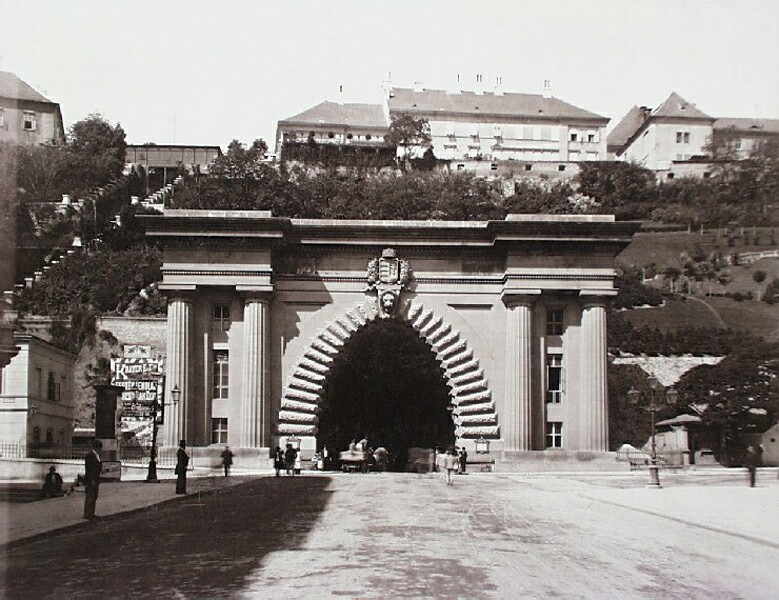 The Tunnel from the Chain Bridge, around 1896