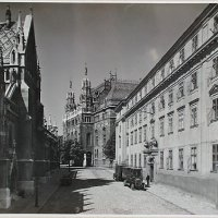 Hess András (Pázmány) square, from the side of Matthias Church, around 1930