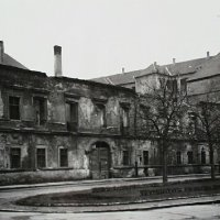 No. 4 Hess András square in ruins, 1950
