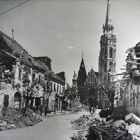 Matthias Church in ruins from Szentháromság street, 1945