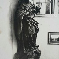 Maria statue in the staircase of No. 1 Tárnok street, 1920s