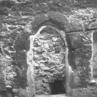 No. 4 Úri street, the Gothic window frame in the southern wall of the gateway after excavation, 1959