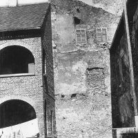 The western front wall of a medieval tower in the courtyard of No. 39 Úri street