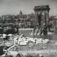 The Chain Bridge in ruins with the Buda Castle, 1945